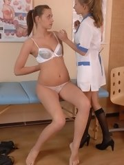 Teen gyno patient seduced by a lesbian